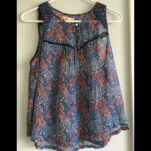 NWOT Blue Floral Sleeveless Hollister Top